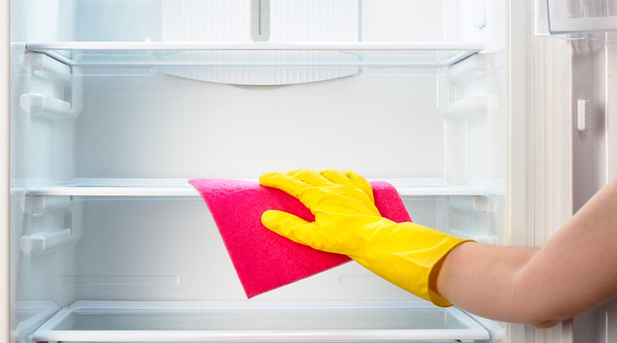 Use Vinegar and Water to Clean Your Fridge
