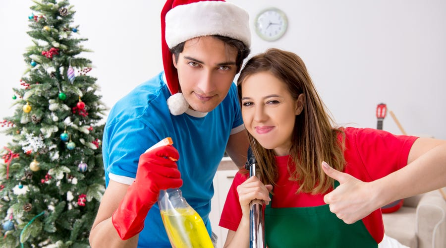 7 Simple Ways to Clean Up this Christmas