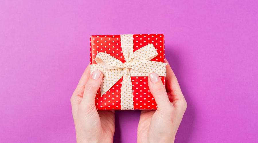 Additional gifts and rebates