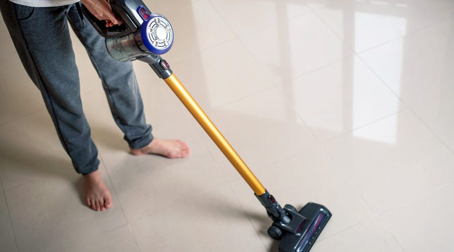Save Time on Vacuuming With a Cordless Vacuum